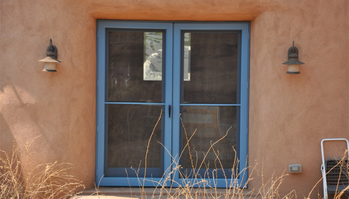 Kent Potter Straw Bale Home Exterior Window Detail-1920x700_mini