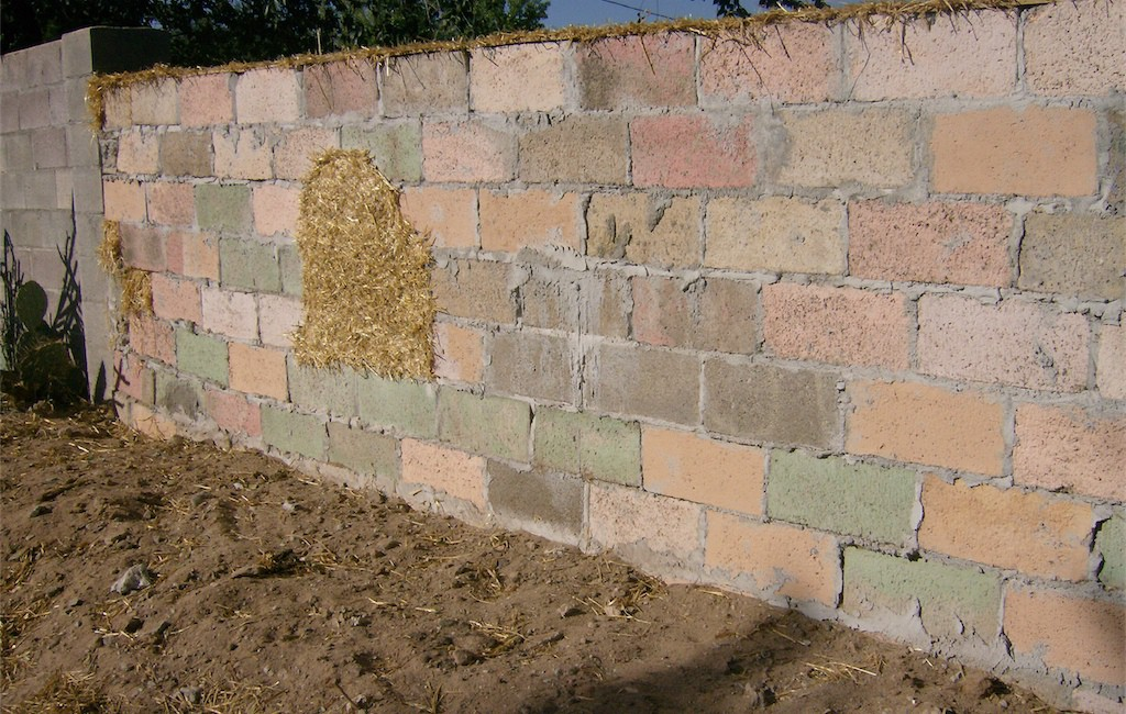 straw bale wall brick