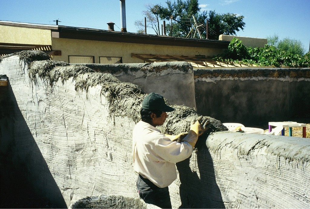 Stucco for New Mexico Straw Bale